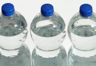 Quanto ci costa l'acqua in bottiglia