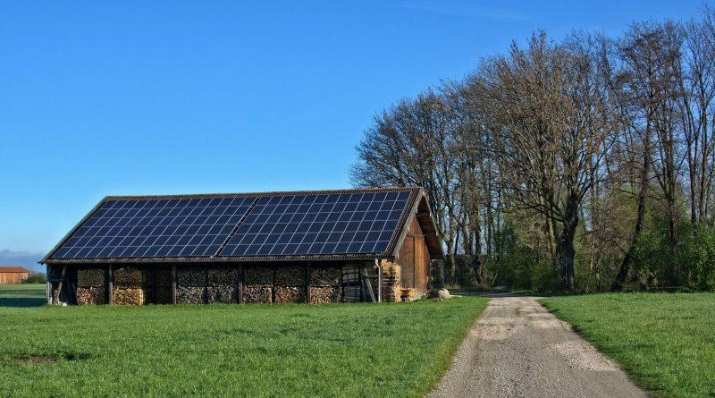 Regolamentare la produzione di energie rinnovabili sui terreni agricoli